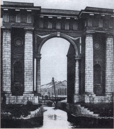 Arch of Vallin de la Mothe in 1900s